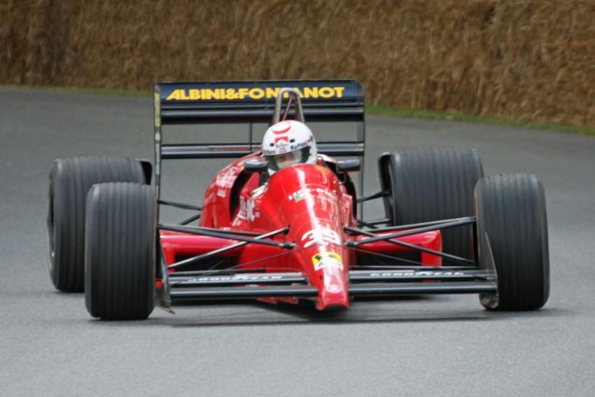 Life nije zaživio. Koristio se vlastiti W12 ali ništa nije pomoglo. Niti u jednim od 14 kvalifikacija 1990. godine, Life nije prošao dalje. Na jednoj utrci nije se otišlo dalje od jednog jedinog kilometra jer su mehaničari štrajkali i stavilo daleko premalo benzina..