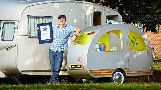 Najmanji karavan na svijetu dug je 19 a širok 6 cm. S obzirom na cijene u jadranskim auto-kampovima, ovo nije bez vraga..