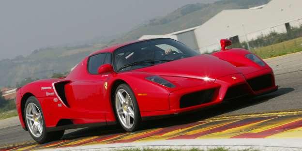 Ferrari Enzo. Ime najvećeg se ne daje baš bilo čemu: 350.8