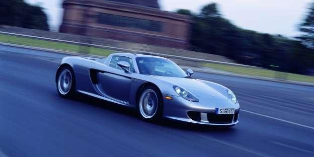 Porsche Carrera GT. Ovaj ljepotan potegne 329.9 km/h. San snova.