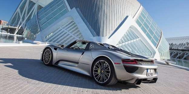 Porsche 918 Spyder. Iz Stuttgarta stiže autić koji isto može 339.5