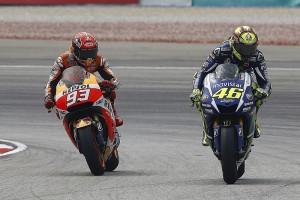 motogp-malaysian-gp-2015-valentino-rossi-yamaha-factory-racing-and-marc-marquez-repsol-hon