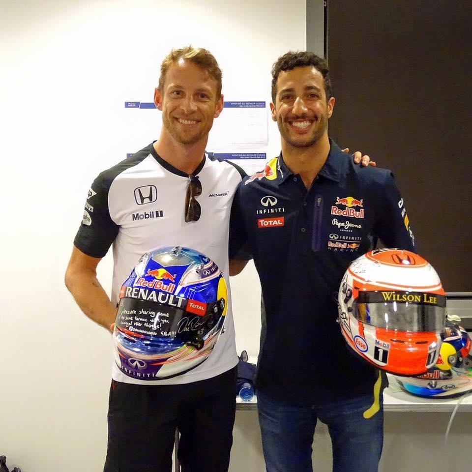 Button i Riccardo su također pročerdali godinu..