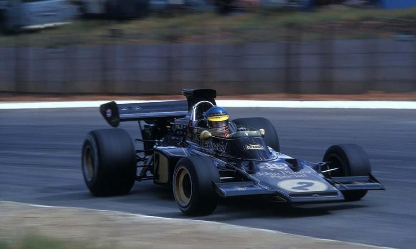 Legendarna kombinacija crno-zlatni JPS i Ronnie Peterson