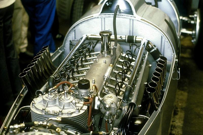 Jeste li znali Cadillac napravio V16 1934?